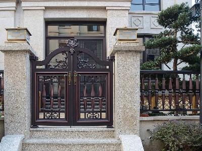 铝艺别墅门仿铜拉丝效果涂装流程工艺方案
