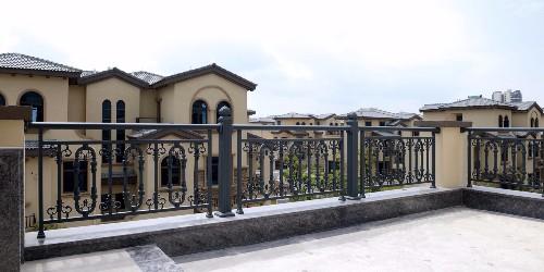 铝艺阳台护栏的几大优点,你知道多少