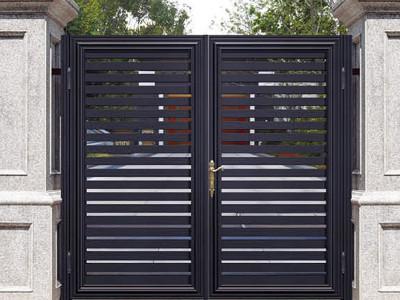 铝艺庭院大门的安装攻略
