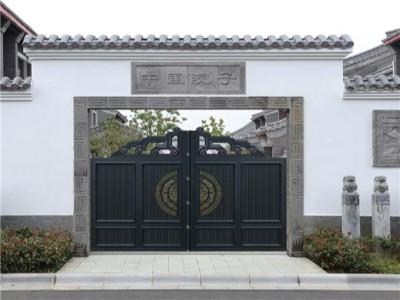 如何使用铝艺别墅大门可以有效延长其使用寿命
