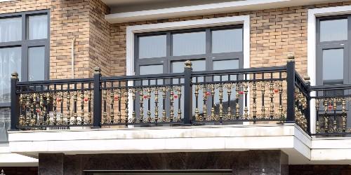 阳台护栏焊接加工注重的四人技术条件