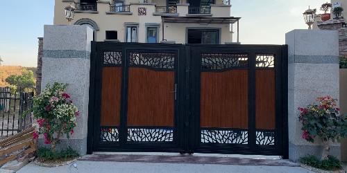 铝艺大门对比铁艺大门有什么区别?