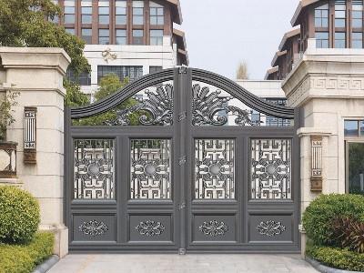 为什么铝艺庭院大门、护栏要进行表面喷涂