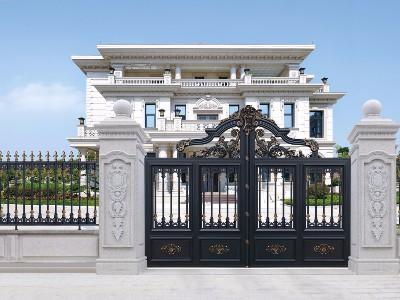 谁家的铝艺庭院大门这么有特色啊?
