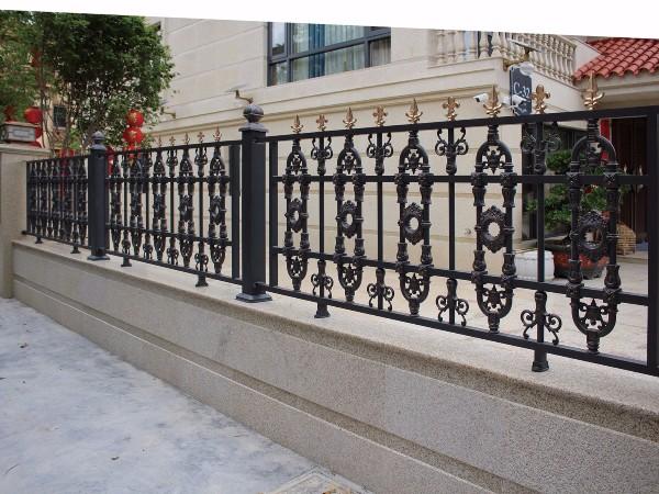 欧式豪华铝艺围栏