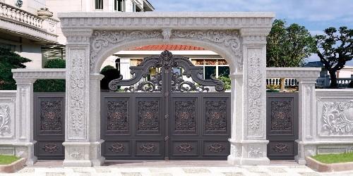 铝艺庭院大门的工艺制作