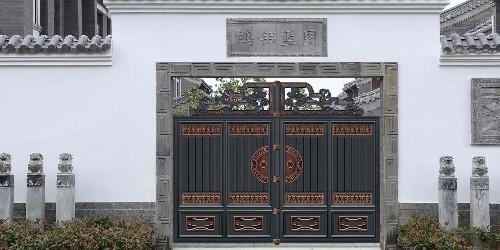 不同的铝艺庭院大门,风格有哪些特色?