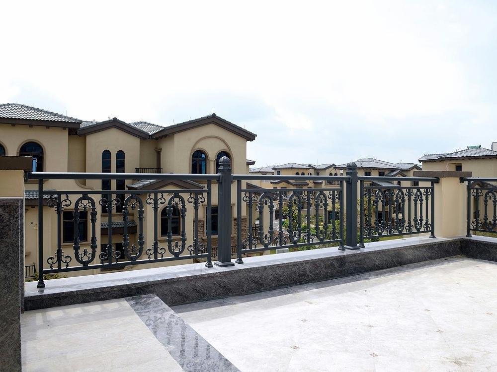 定制阳台铝合金护栏